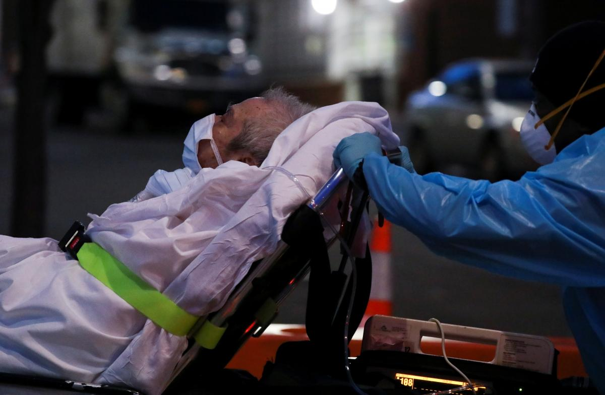 У Британії від коронавірусу померли вже понад 32 тисячі людей
