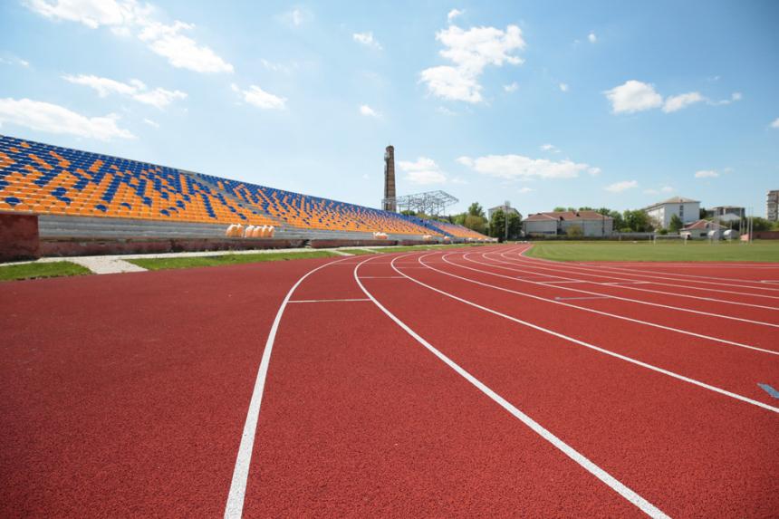 На ремонт франківського легкоатлетичного стадіону потрібно ще 8 мільйонів, – Федорів (ФОТО)