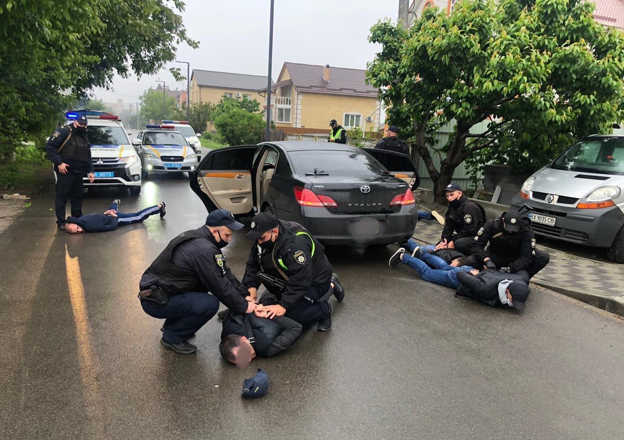 Кривава перестрілка у Броварах: у зловмисників вилучили 16 одиниць зброї – поліція