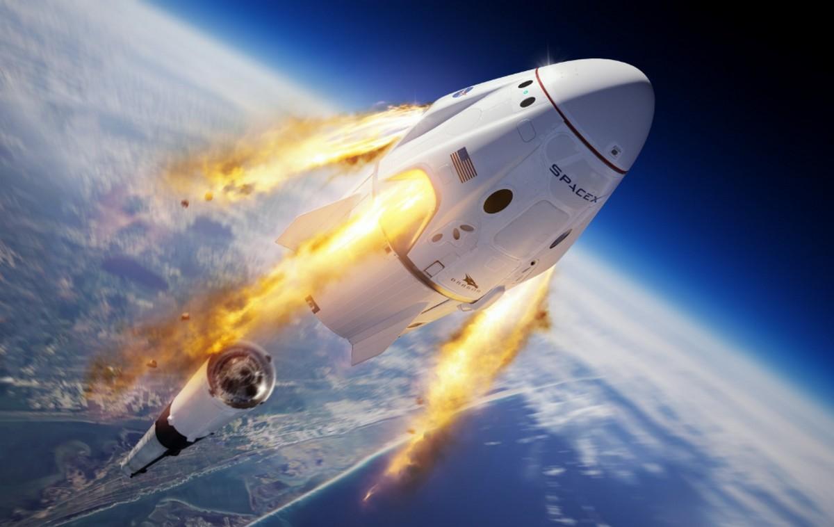 Корабель Crew Dragon стикується із МКС (ТРАНСЛЯЦІЯ)