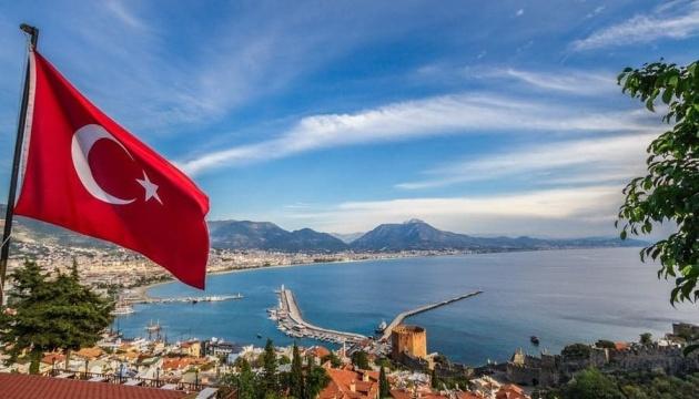 Туреччина чекає українських туристів з 1 липня