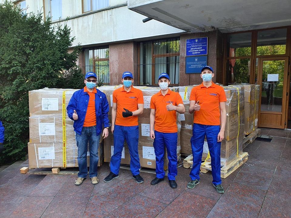 Медичні працівники Івано-Франківська та області отримали партію благодійної допомоги від мережі ТЦ «Епіцентр» для боротьби із поширенням COVID-19 (ФОТО)