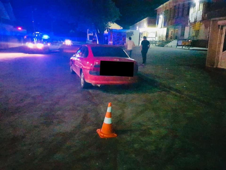На Рожнятівщині п'яний водій збив чоловіка (ФОТО)