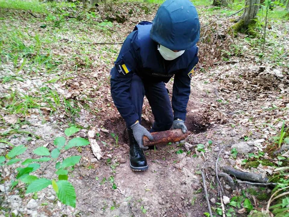 На Прикарпатті виявили та знешкодили 31 вибухонебезпечний предмет