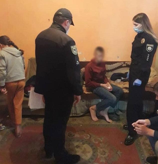 На горе-батьків з трьох районів Прикарпаття склали адмінпротоколи (ФОТО)