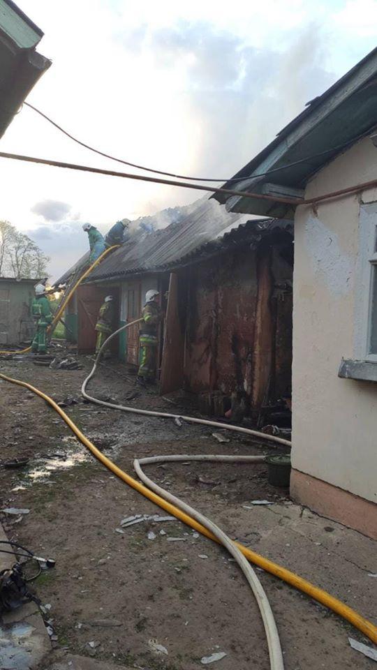 У Тисменичанах горіла комора: на місці пожежі знайшли тіло господині (ФОТО)