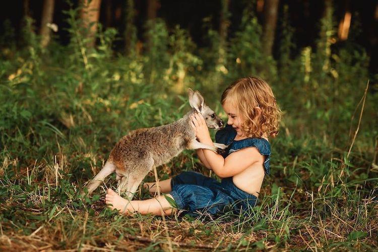 Як виглядає дружба між дітьми й тваринами (МИЛІ ФОТО)