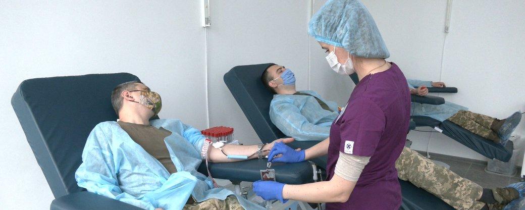 Прикарпатські військові поповнили банки крові області (ВІДЕО)