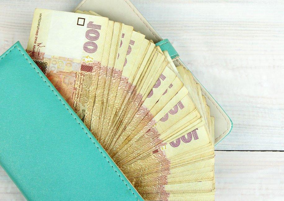 Дев'ять мільйонів збитків: на Франківщині виявили центр мінімізації платежів