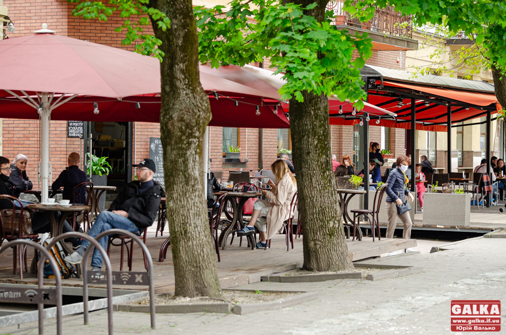 Франківським рестораторам нагадали, як отримати дозвіл на літник (ВІДЕО)