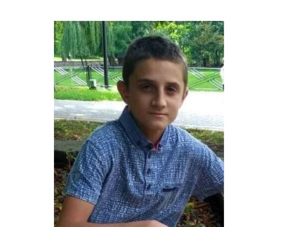 Був у футболці і спортивних штанях: у Франківську рідні і поліція шукає 14-річного хлопця (ФОТО, ОНОВЛЕНО)