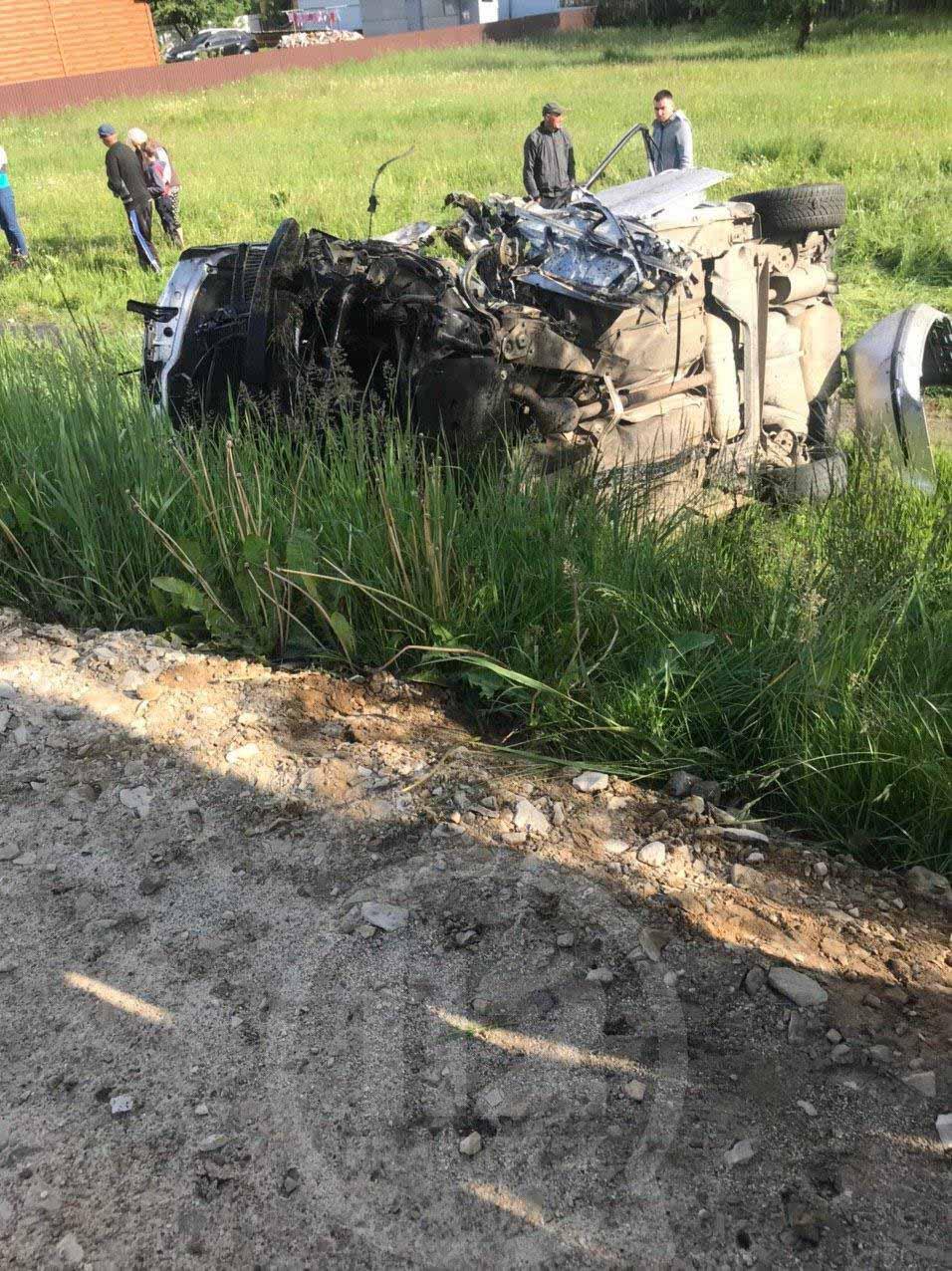 У Голині перекинулася автівка: є постраждалі – очевидці (ФОТО, ВІДЕО)