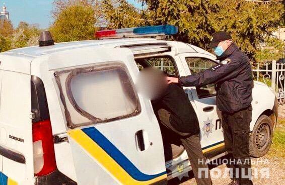 На Богородчанщині спіймали злочинця-рецидивіста, який обікрав будинок