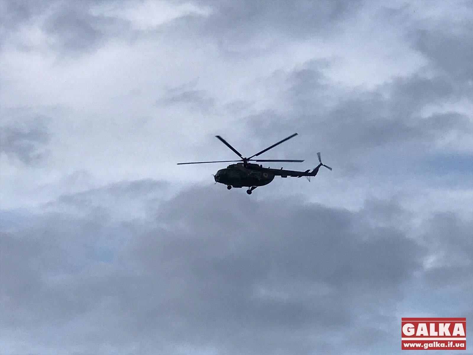 Зеленський гелікоптером прилетів у Ланчин (ФОТОФАКТ)
