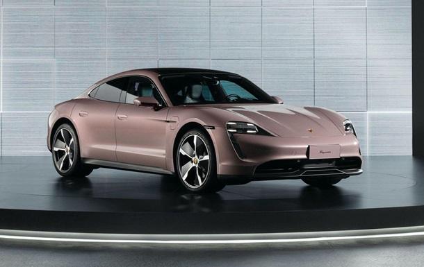 Porsche презентувала базову версію електрокара Taycan (ФОТО)