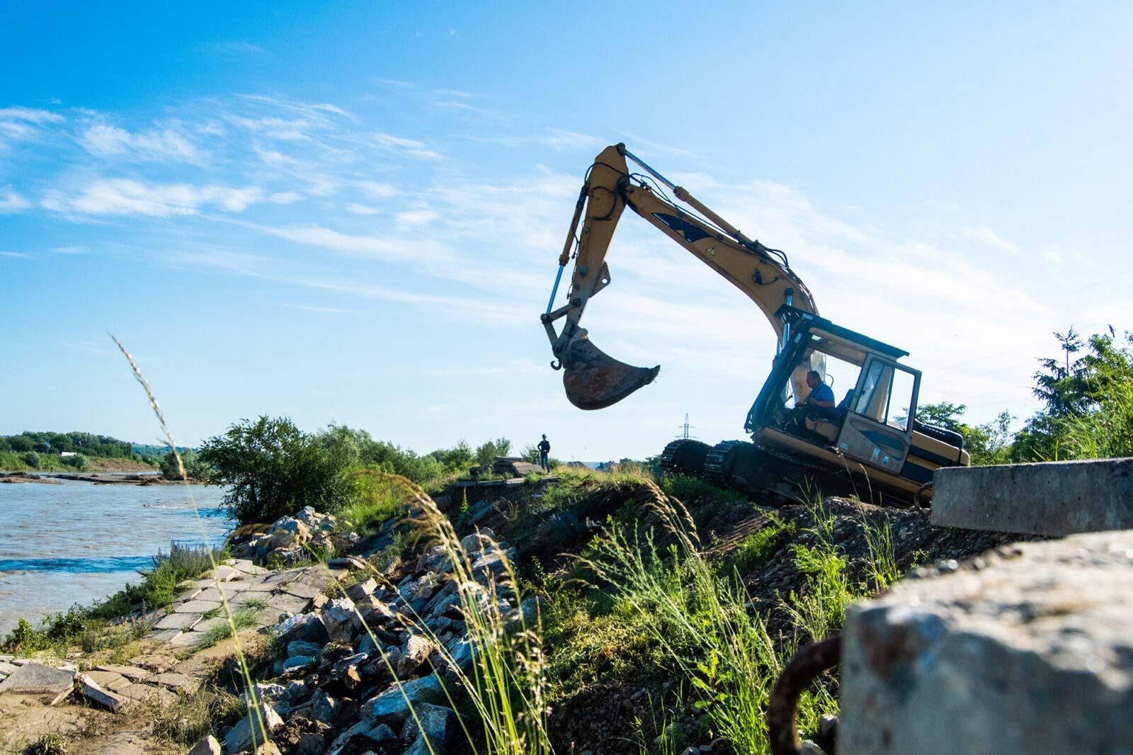 Дамбу в Угорниках планують капітально відремонтувати до кінця року (ФОТО)