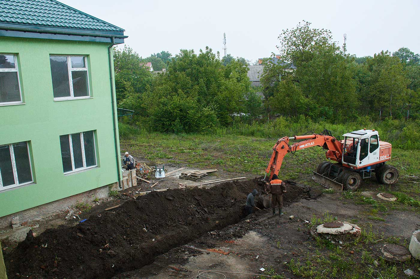 На Хоткевича триває будівництво дитсадка (ФОТО)