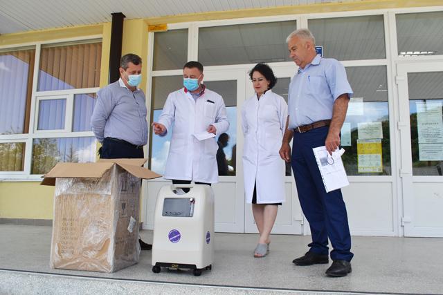 Благодійники передали лікарні в Галичі медичне обладнання (ФОТО)