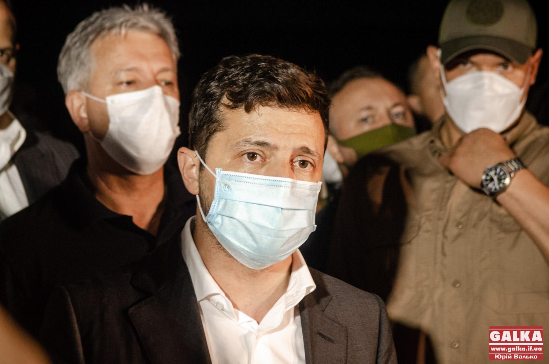 Зеленський зізнався, що порушив закон і готовий нести відповідальність