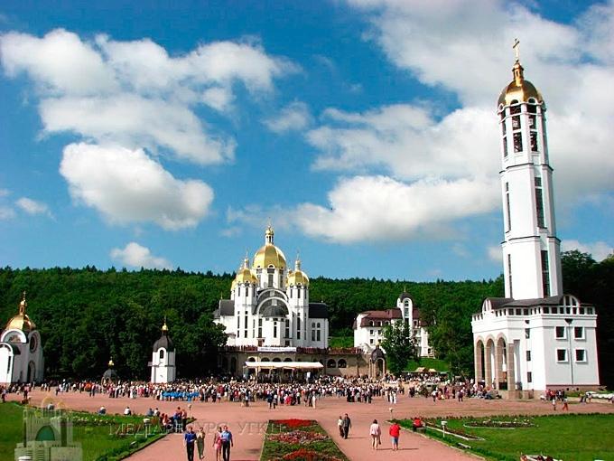 Прикарпатців запрошують на всеукраїнську онлайн-прощу до Зарваниці