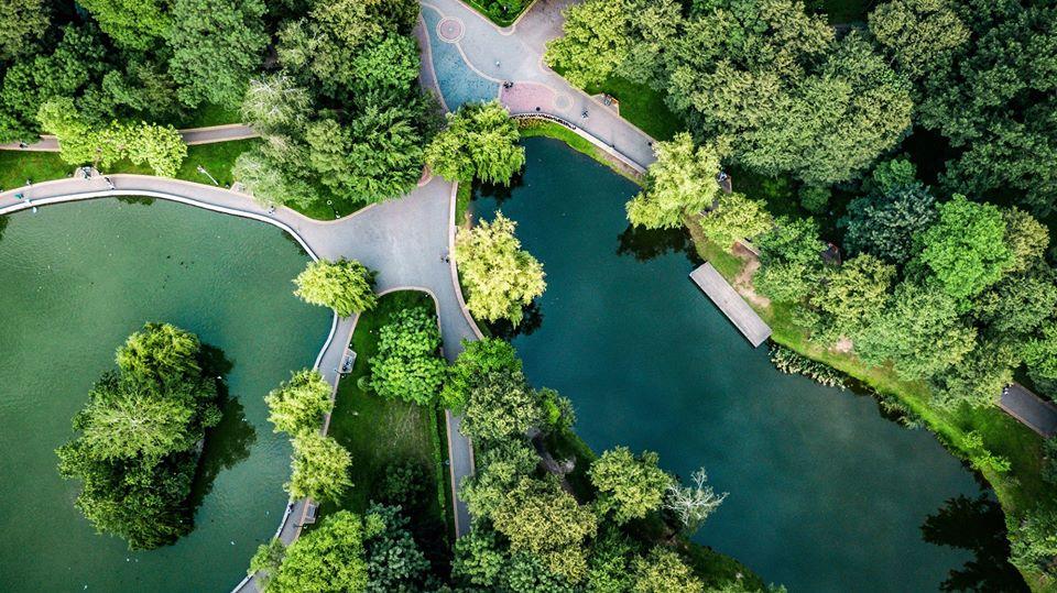 Франківець показав красу літнього парку з висоти пташиного польоту (ФОТО)