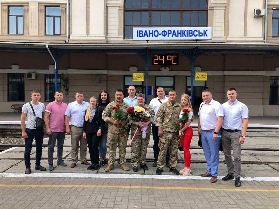Прикарпатські офіцери та офіцерка податкової міліції повернулись із зони проведення Операції об'єднаних сил (ФОТО)