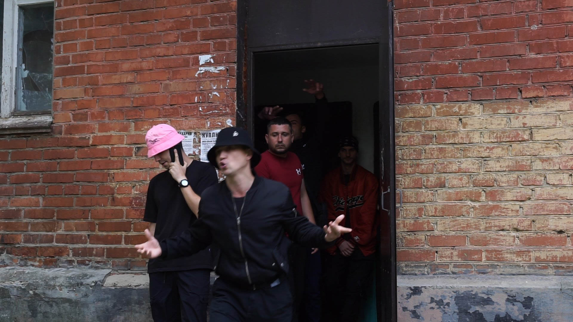 Реп-тріо Kalush зняло кліп у рідному місті (ФОТО, ВІДЕО)