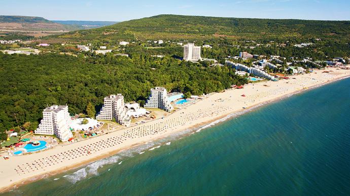 Болгарія відкрила вільний в'їзд для українських туристів