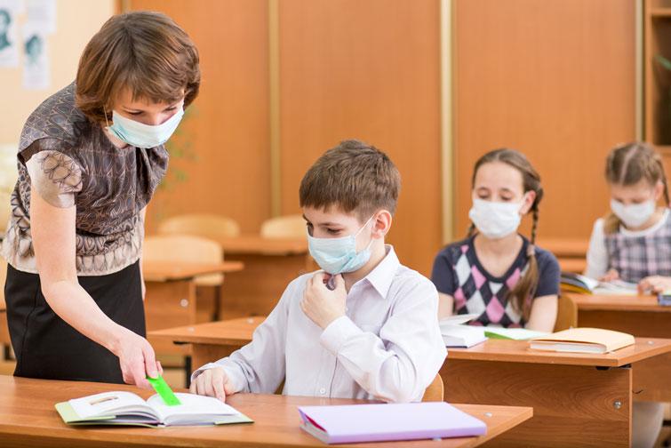 Навчання у дві зміни і уроки по 30 хвилин – у Франківську готуються до першого вересня
