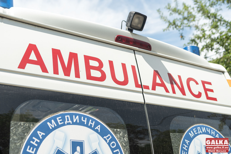 На Косівщині загинув чоловік: на нього впало дерево