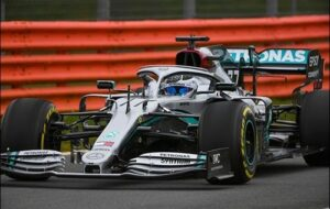 Mercedes змінив кольори машин перед початком сезону