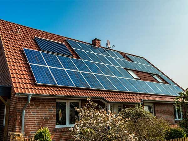 Прикарпаття у ТОП-5 за кількістю приватних сонячних електростанцій