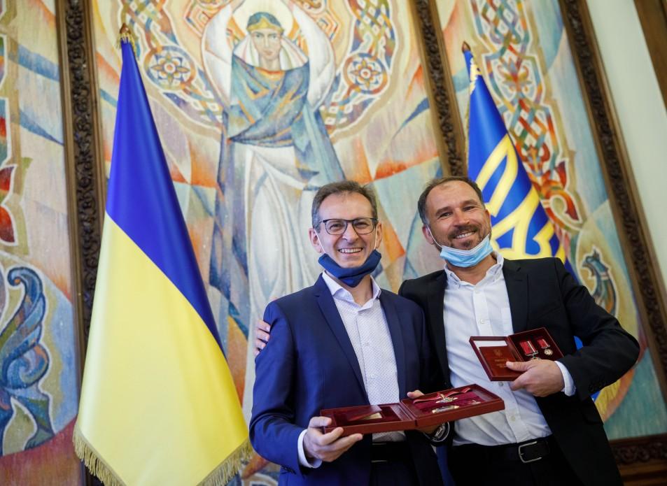 Держипільський, Кароль та Струтинський отримали державні нагороди з рук Зеленського (ФОТО)