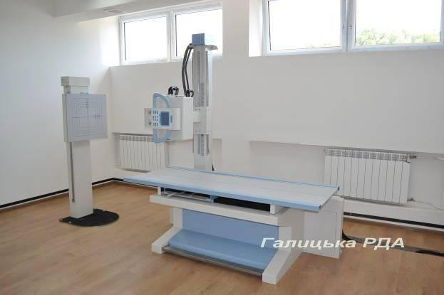 У лікарні на Франківщині з'явився сучасний рентген-апарат