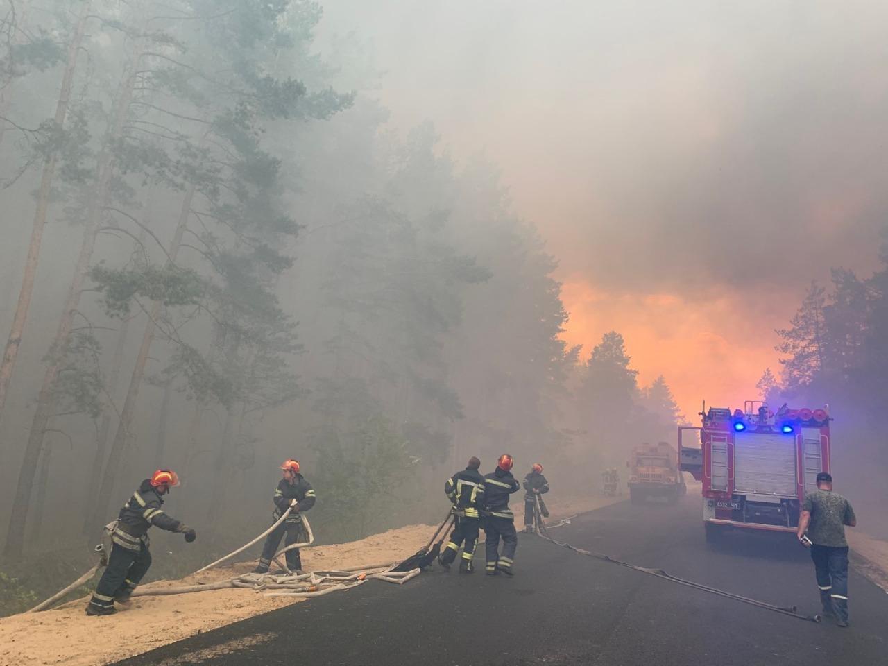 В Луганській області через масштабну пожежу загинуло п'ятеро людей (ФОТО)