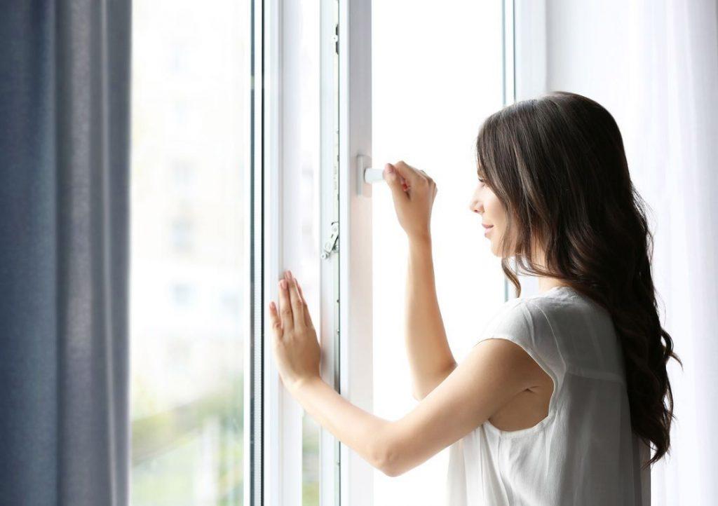 У чому переваги та недоліки металопластикових вікон?