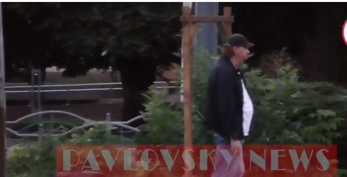 Чекав затримання понад хвилину: з'явилося повне відео розв'язки у Луцьку (ВІДЕО)