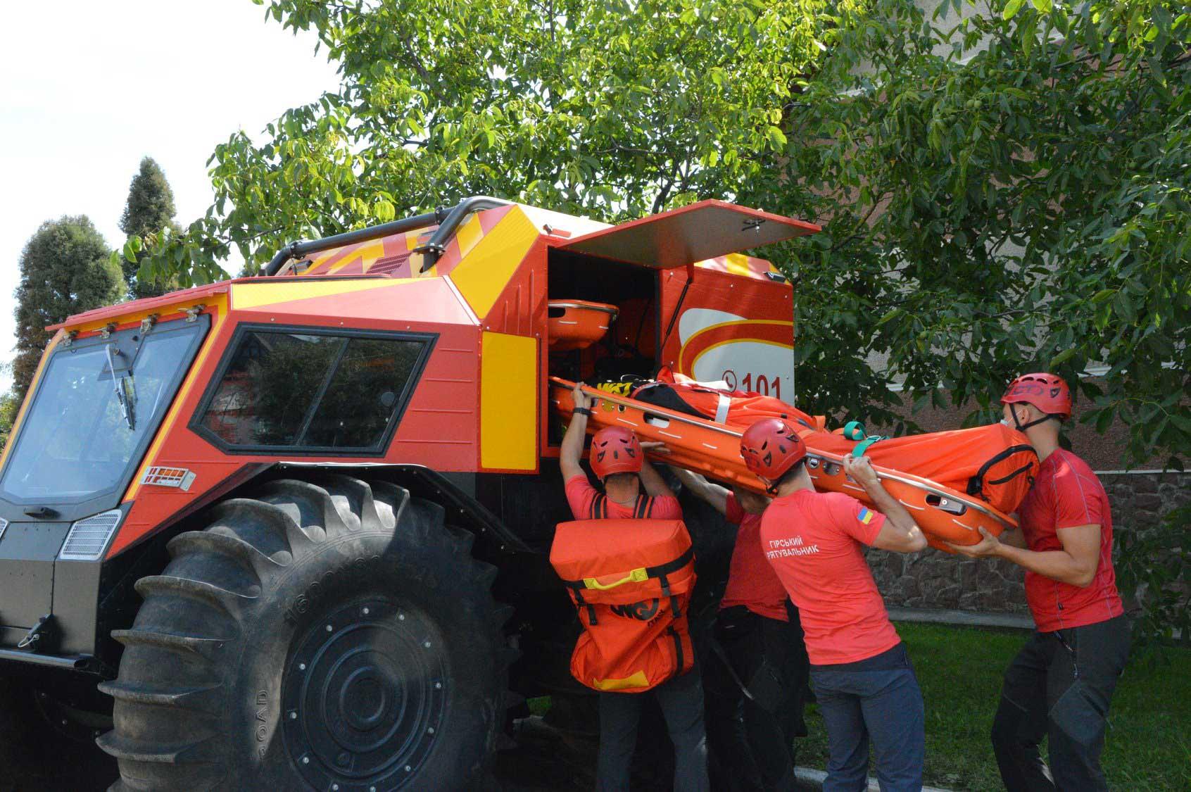 Протягом літа рятувальники допомогли у горах 115 туристам (ВІДЕО)