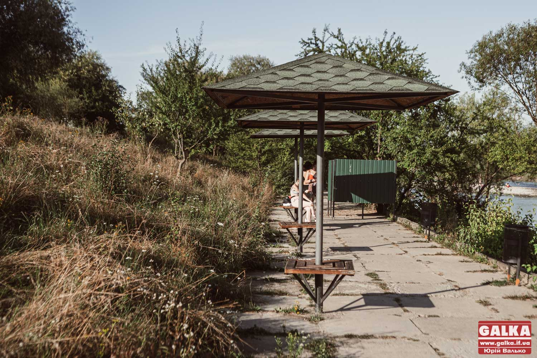 Мотузковий парк, настільний теніс, нові лавочки: на дамбах Франківська планують покращити благоустрій (ВІДЕО)