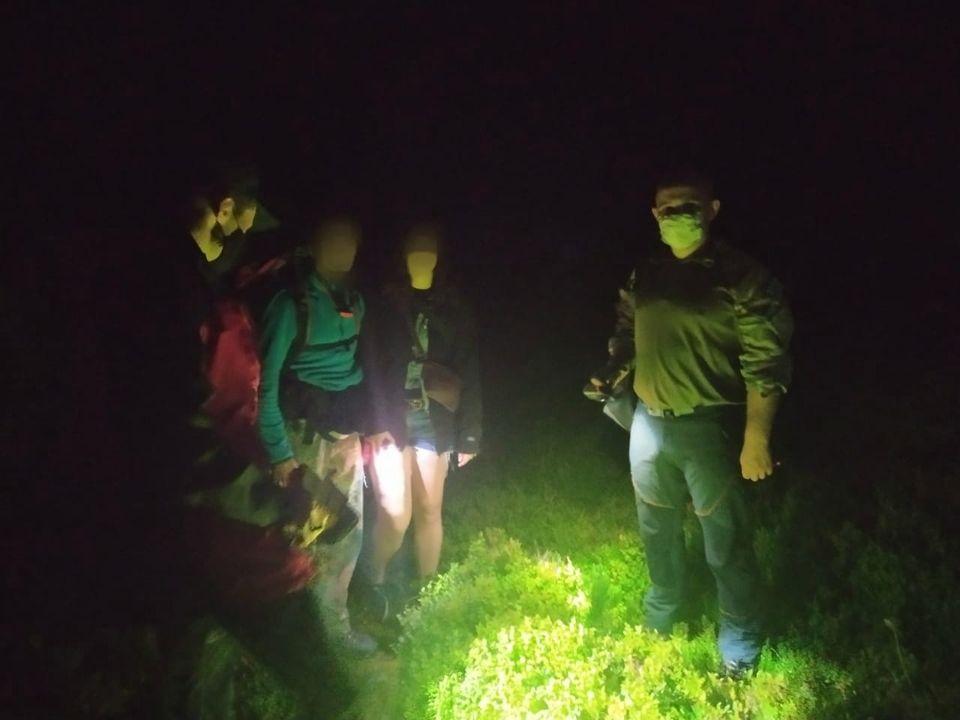 Вночі на Говерлі блукали двоє туристів з Одеси – знадобилася допомога рятувальників (ФОТОФАКТ)
