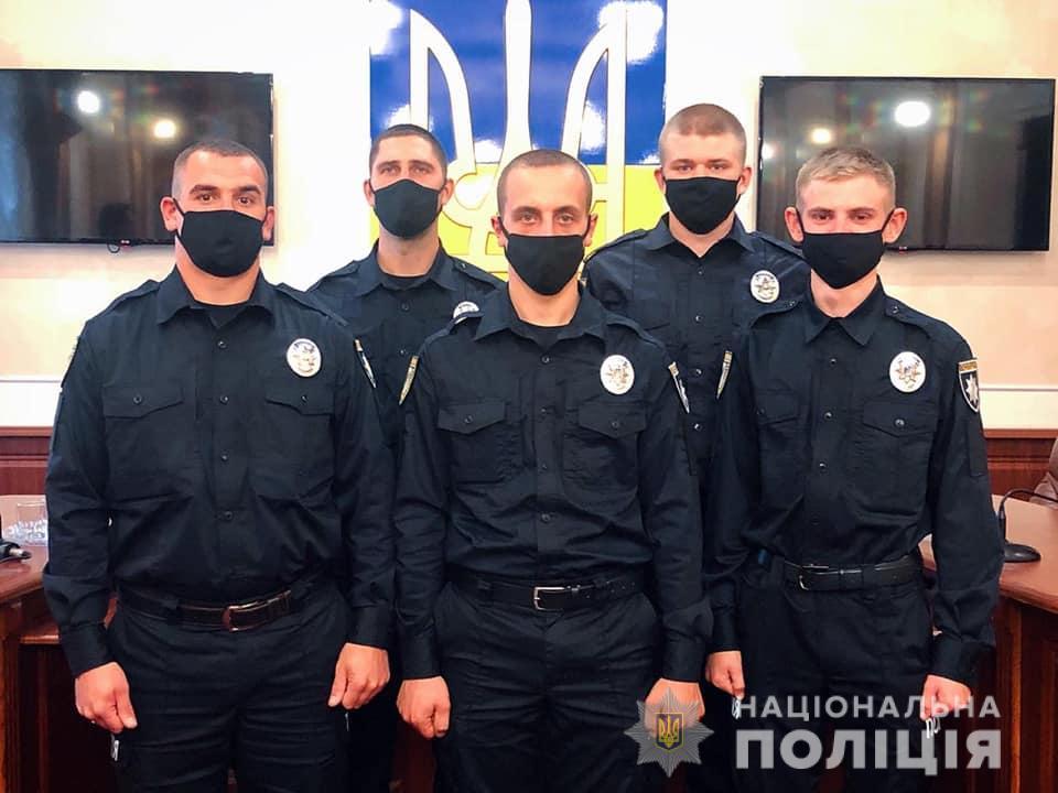 У Франківську молоді поліціянти склали присягу (ФОТО)