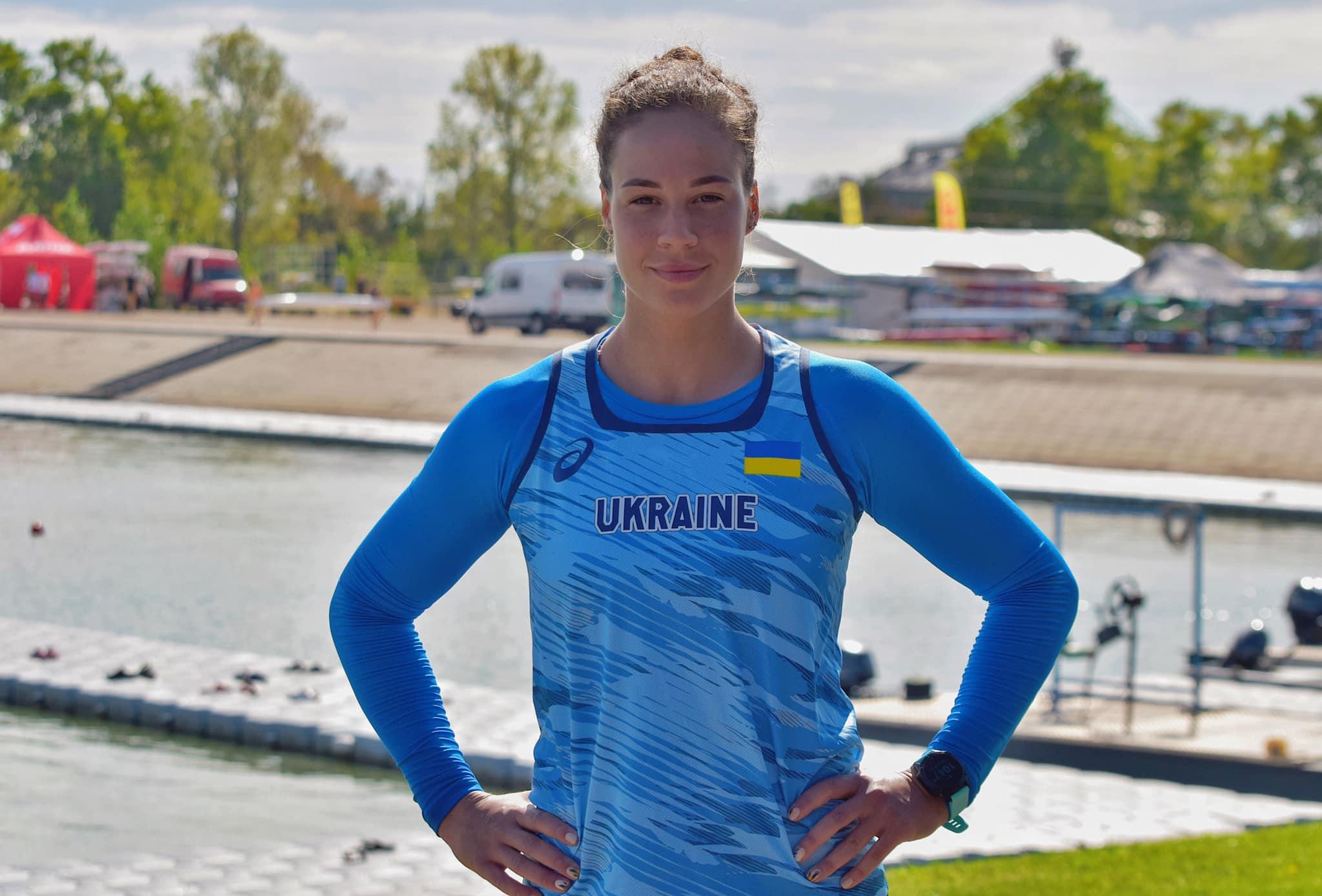 """Франківська веслувальниця виграла """"золото"""" і """"срібло""""на Кубку світу в Угорщині"""