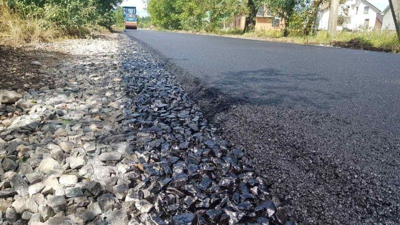Найболючіше питання Калущини – місцеві дороги, – Едуард Прощук (ФОТО)