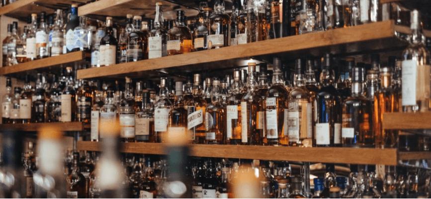 Музей огидної їжі у Швеції відкрив виставку дивних алкогольних напоїв