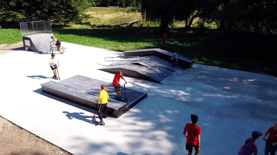 У Тлумачі облаштували сучасний скейт-парк (ВІДЕО)