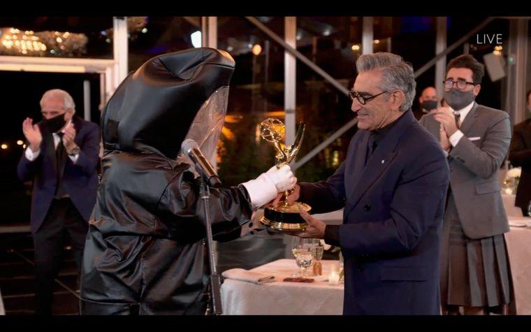 Церемонія онлайн та нагороди додому. 72-ге вручення «Еммі» — як це було і хто її отримав