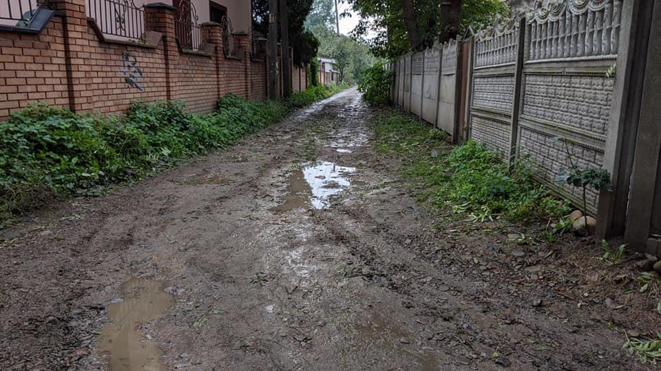 """Франківську потрібно близько 70 мільйонів на ремонт """"малих"""" вулиць – Смушак (ФОТО)"""