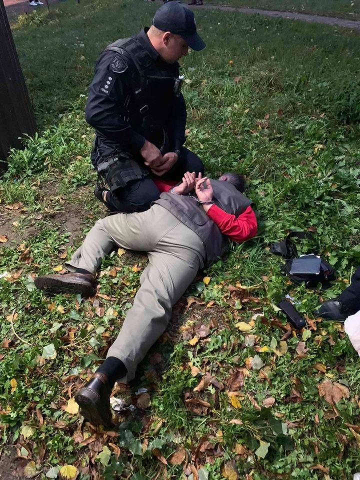 У Франківську на агітаторів однієї з партій напав чоловік з ножем (ФОТО)