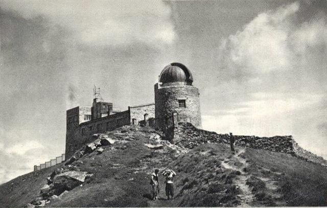 У мережі показали старовинні світлини обсерваторії на Піп Івані (ФОТО)