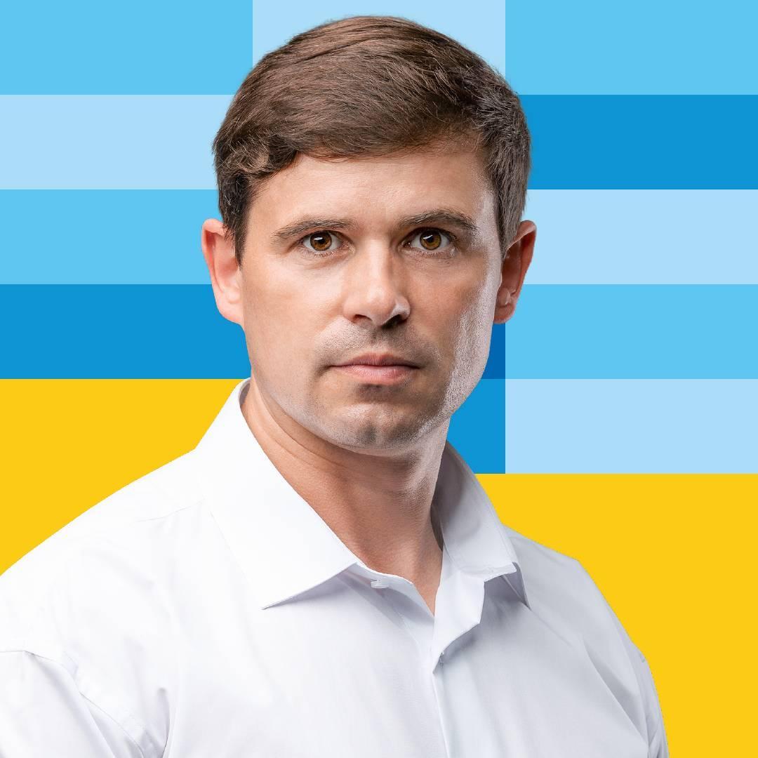 """Калуш все ще з мером: Андрія Найду """"не відпустили"""" з посади"""